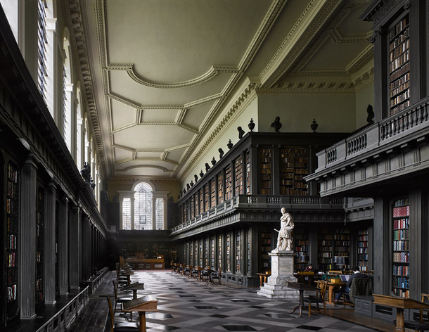 библиотека университета Оксфорда Англия