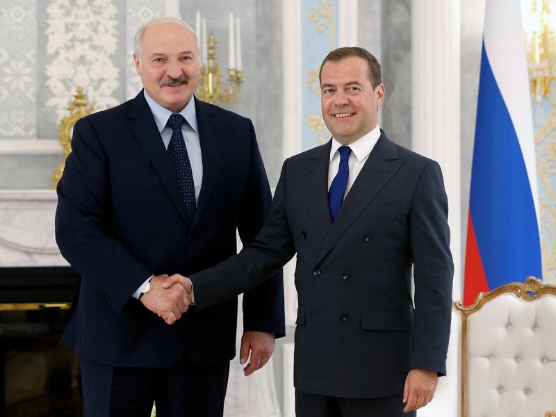 Медведев Лукашенко