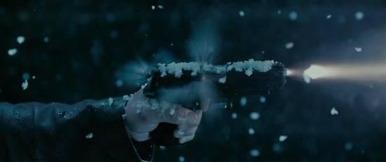 Снег на пистолете