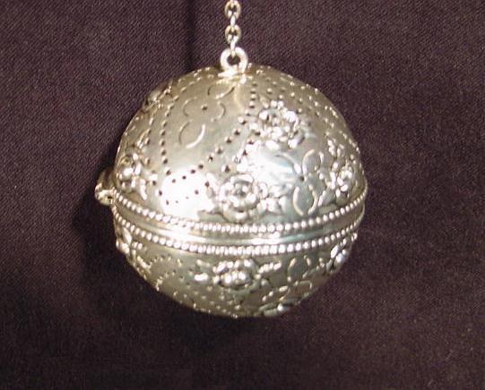 18 Gorham Sterling Silver Tea Ball Infuser.jpg