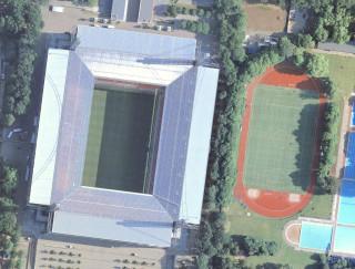 Рейн Энерги штадион RheinEnergieStadion