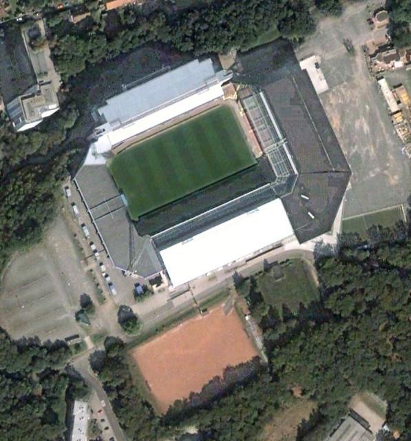 Fritz-Walter-Stadion Стадион имени Фрица Вальтера