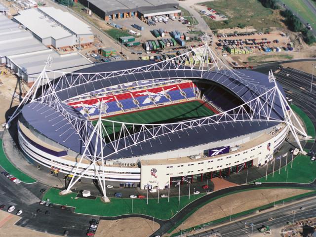 Болтон стадион Рибок Bolton Reebok stadium