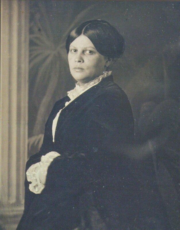 Авдотья Панаева. Дагеротип, снятый в середине 1850-х годов в ателье Сергея Левицкого