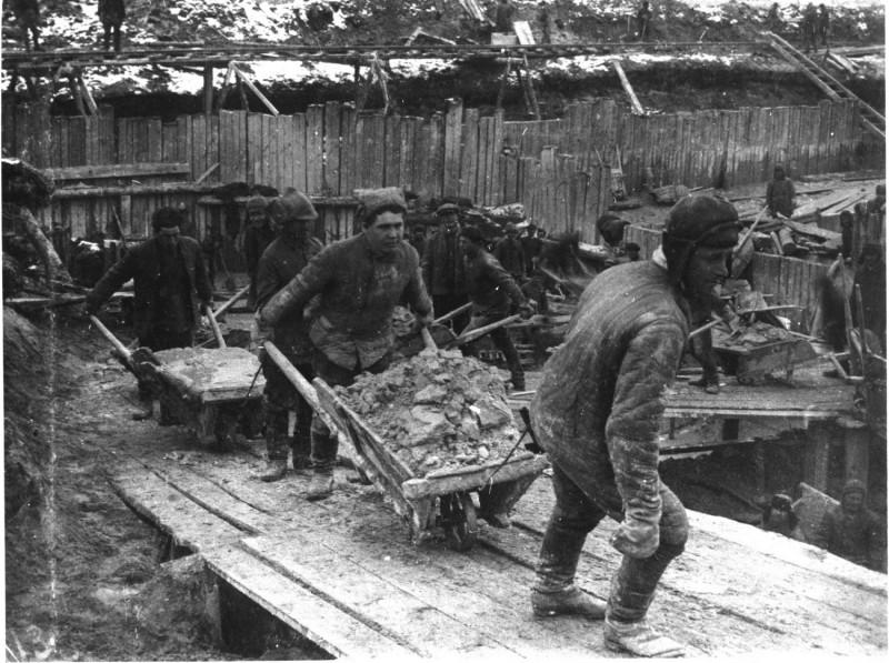 Строительство Беломорканала