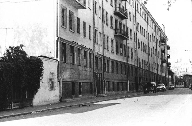 Дом писателей в Нащокинском переулке (снесен в 1976 г.)