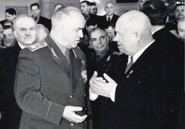 Георгий Жуков и Никита Хрущев