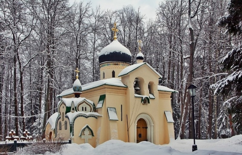 Церковь Спаса Нерукотворного образа в Абрамцево