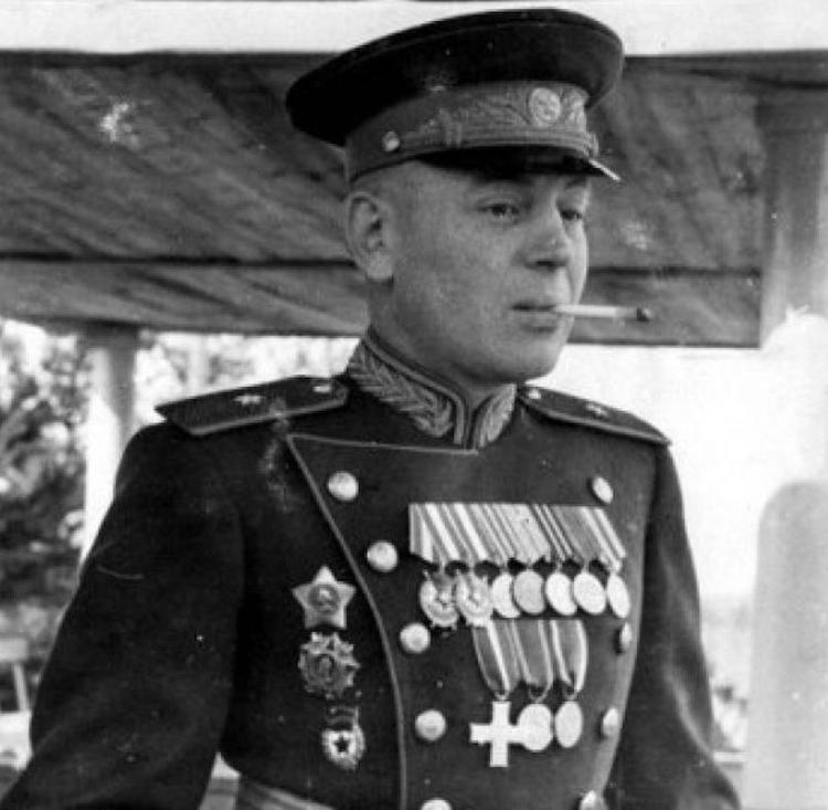 Василий Сталин в зените славы.