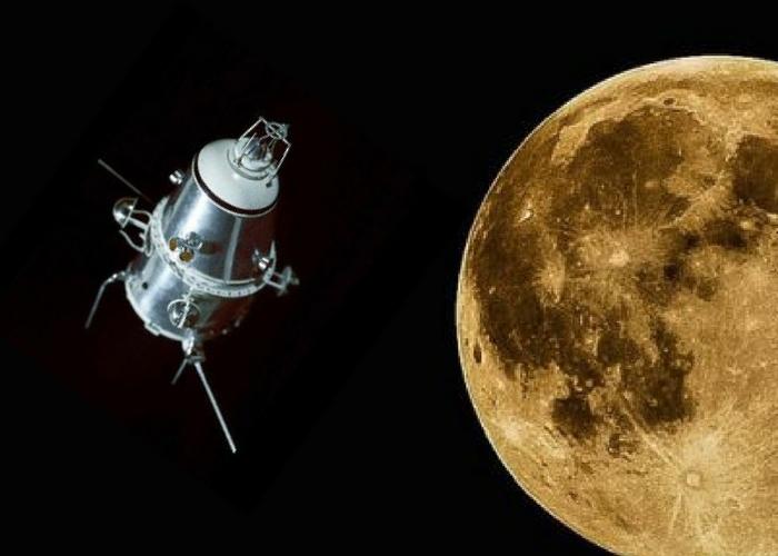 """Станция """"Луна-10"""" на орбите"""