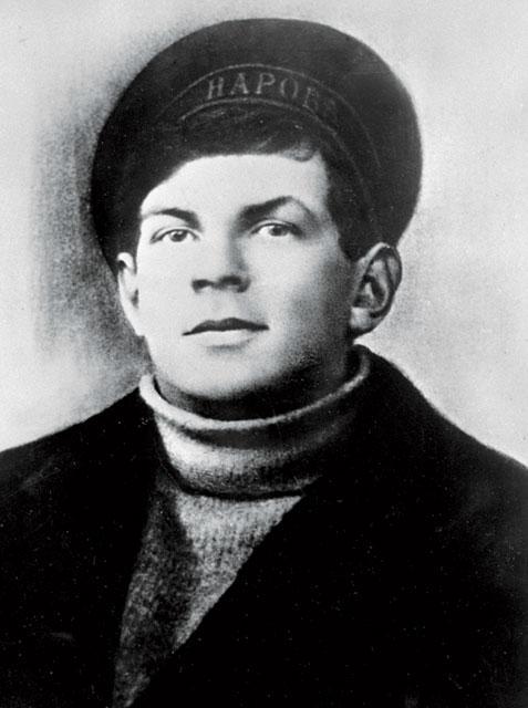 Анатолий Железняков (матрос Железняк)