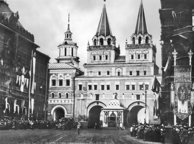 Иверская часовня и Воскресенские ворота