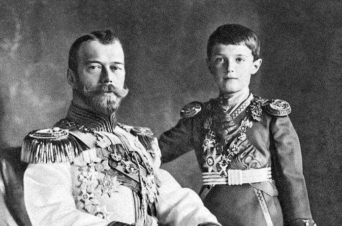 Царевич Алексей с отцом