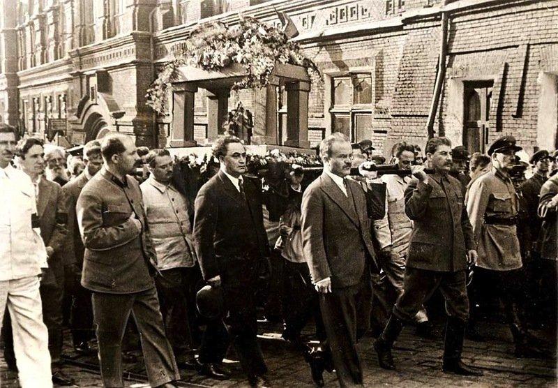 Похороны Горького