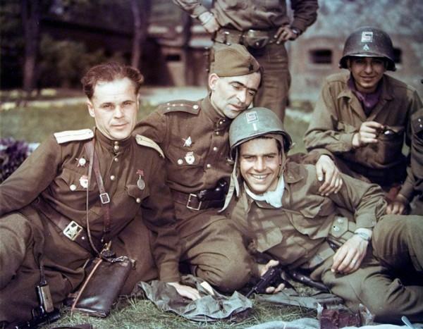 Германия. 1945. Недолго музыка играла