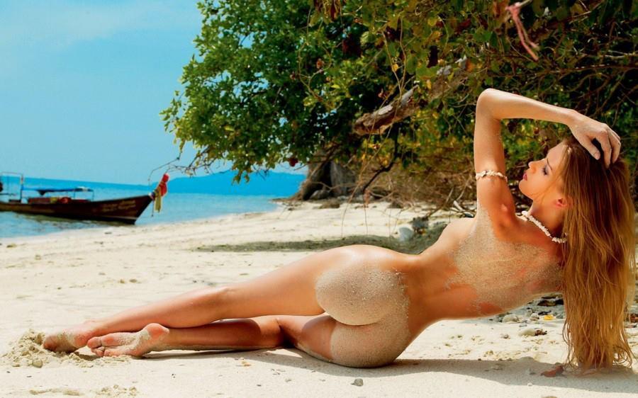 Фото голих дівчат