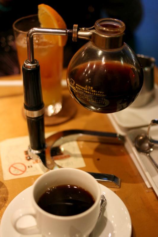 Кофе в сифоне