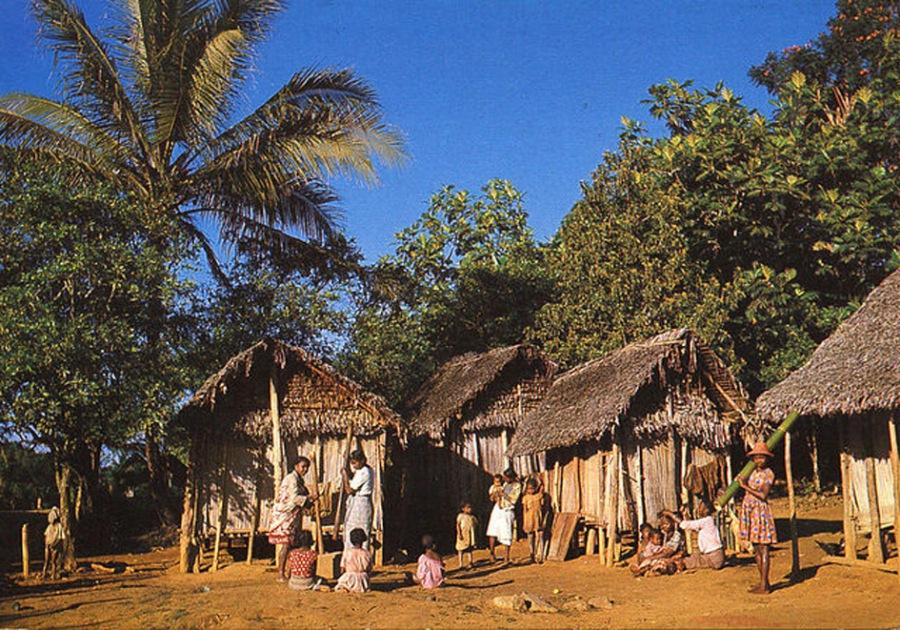 Типичная-деревня-Мадагаскара