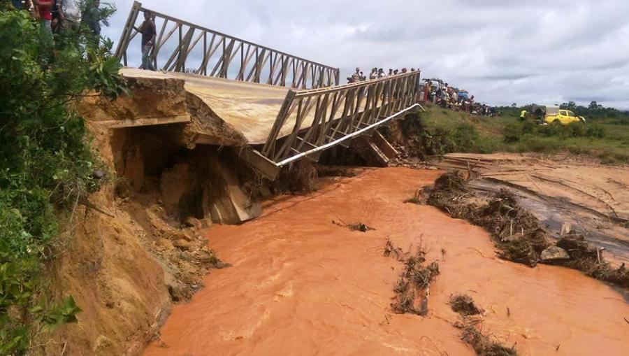 pont-moramanga-cyclone-ava