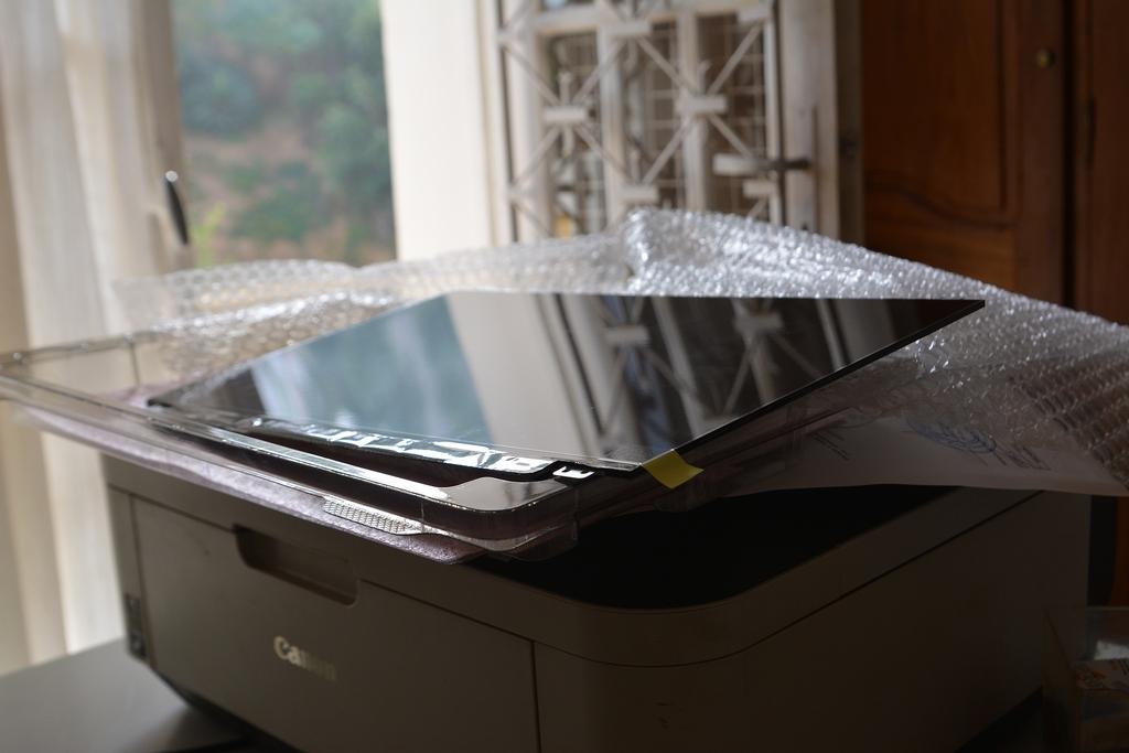 Проблема - мерцание экрана ноутбука