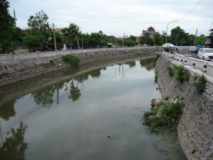 Парапет моста