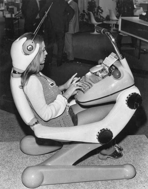 Машинистка будущего (фото 70-х)