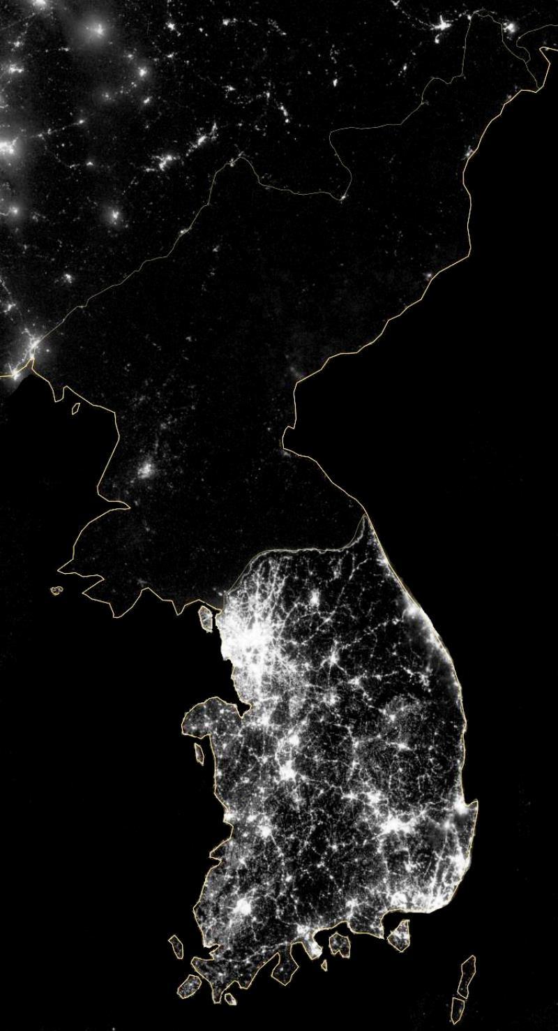 Северная и Южная корея из космоса