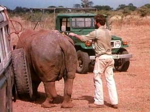 В тени Килиманджаро 1986.avi_snapshot_00.05.17_[2017.03.26_14.24.15]