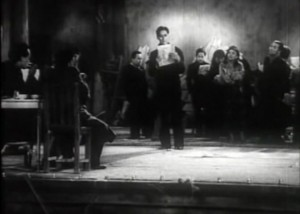 Полуночная песня 1937.avi_snapshot_00.25.12_[2017.12.11_22.28.17]