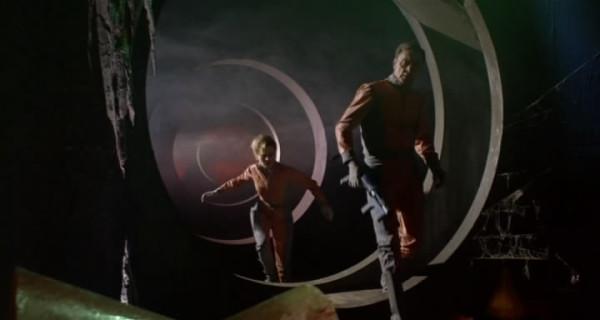1965 Планета вампиров.avi_snapshot_00.46.59_[2018.08.07_22.59.40]