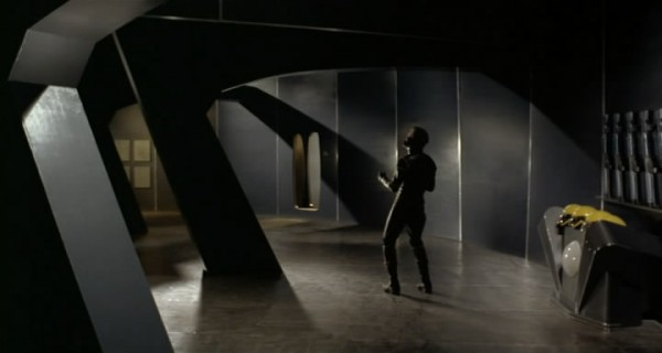 1965 Планета вампиров.avi_snapshot_00.34.25_[2018.08.07_22.40.42]