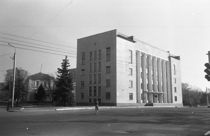 Оренбург ул.Постникова д.15 здание бывшего Обкома ВЛКСМ.