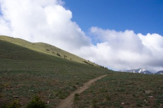The trail over Frazer Mountain