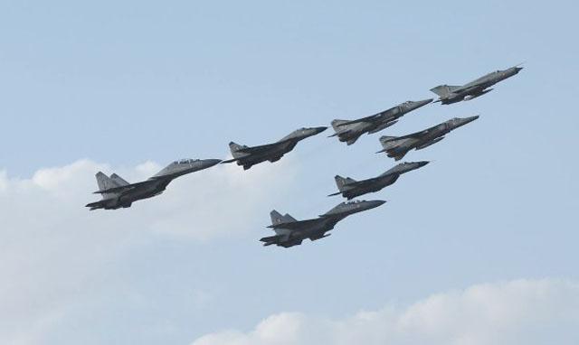Rus_plane_India