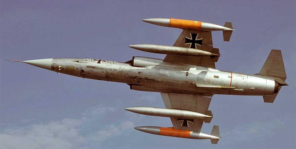 F-104b