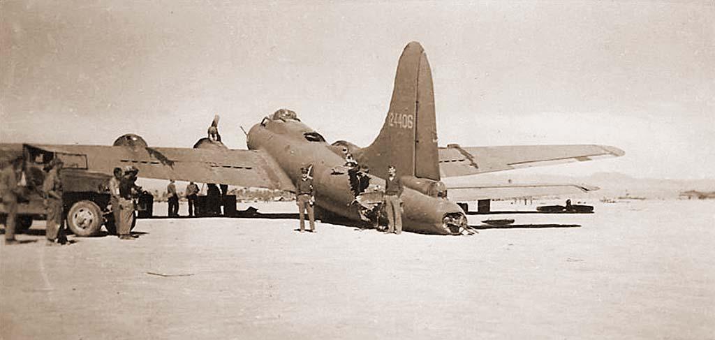 B-17F_3