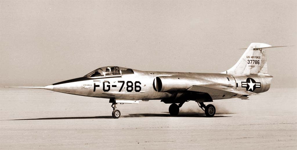 XF-104a