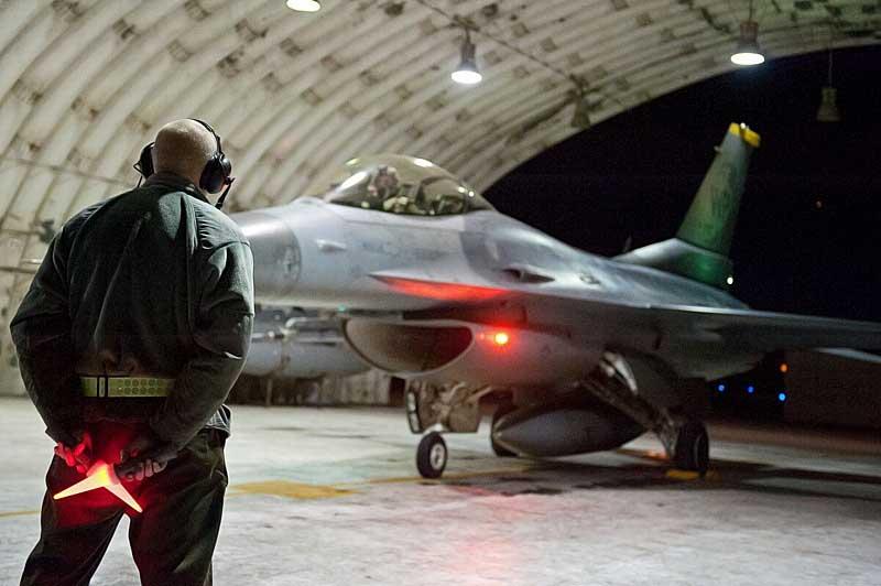 F-16_Konsan