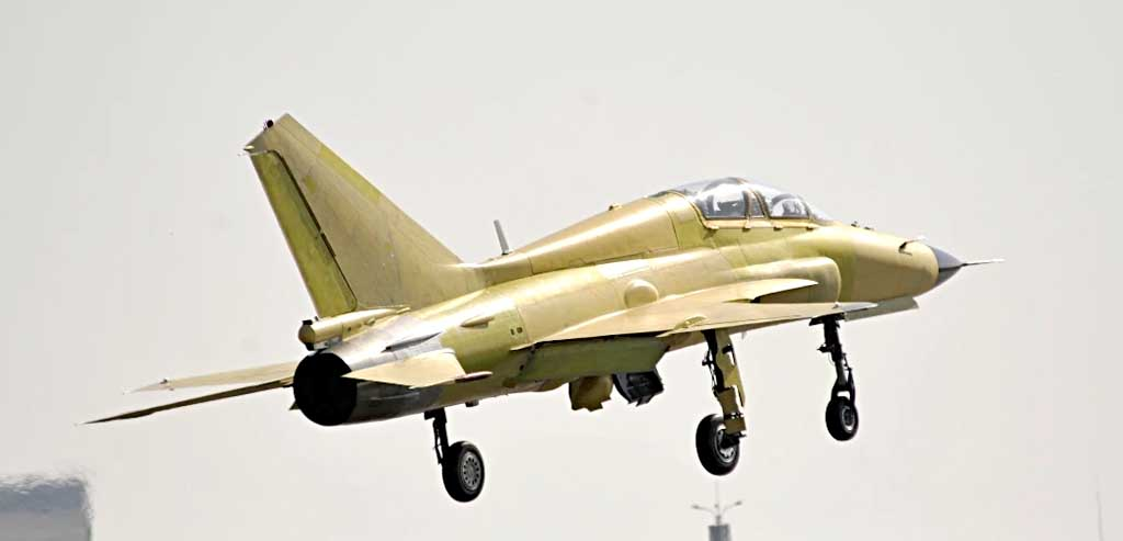 Китайцы продолжают попытки посадить МиГ-21 на палубу... JL9_6