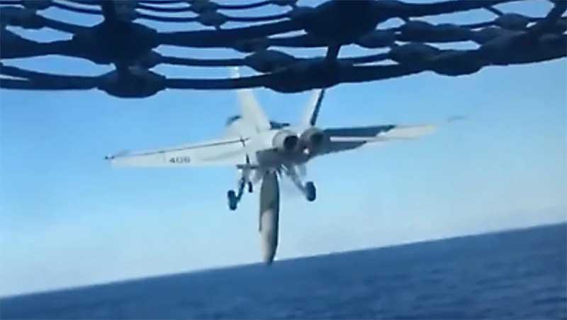 F-18_bak