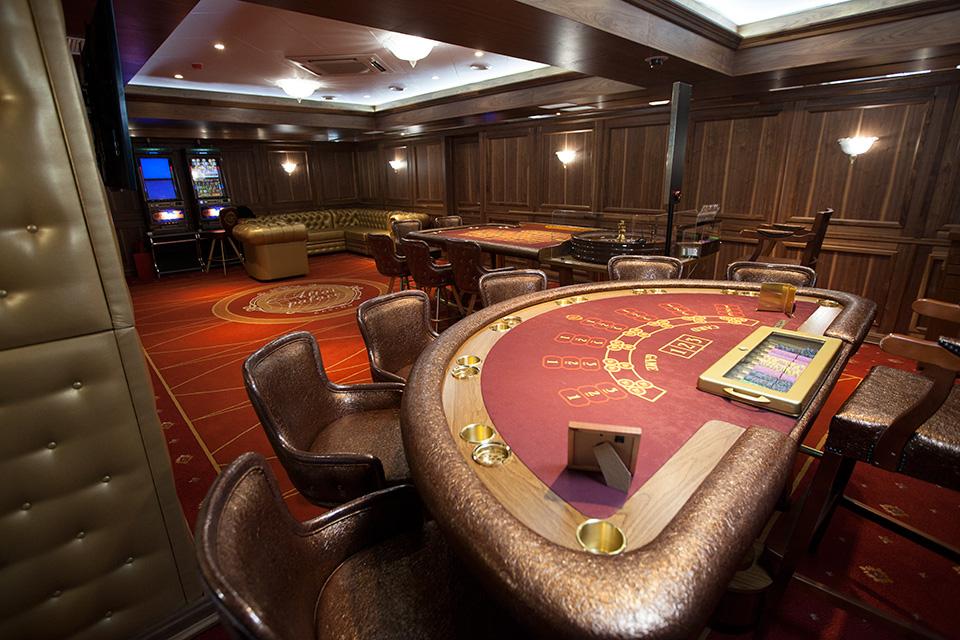 Seveso casino palace brani