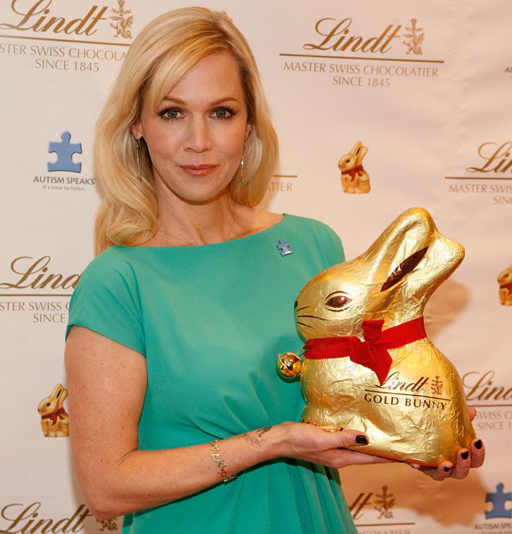 ok_032113_news_jennie-garth-bunny-stacked
