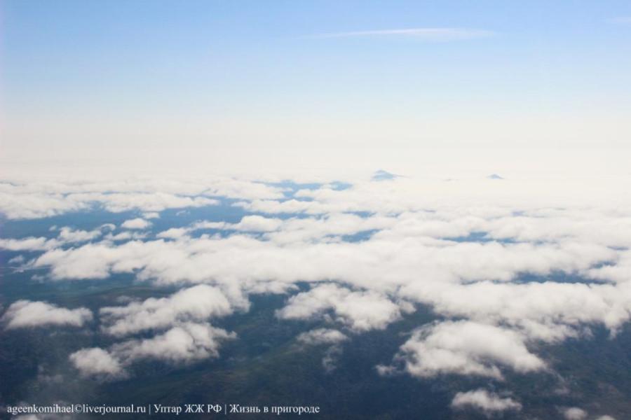 облака, а под ними сопки
