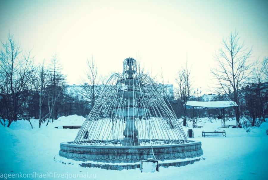 фонтан в cквере им. 70-летия Магадана