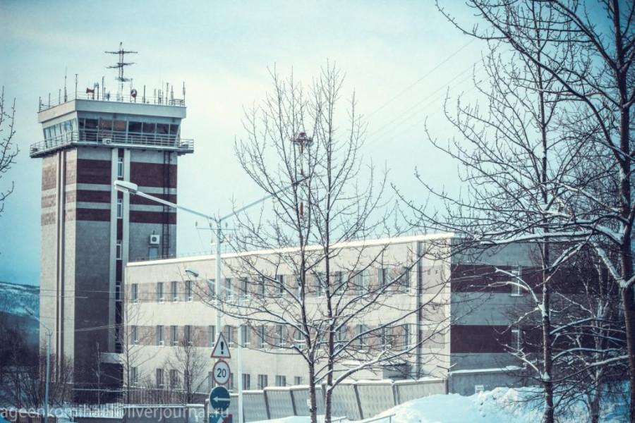 диспетчерская вышка в аэропорту Сокол