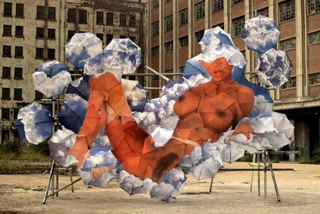 Инсталляции из зонтов