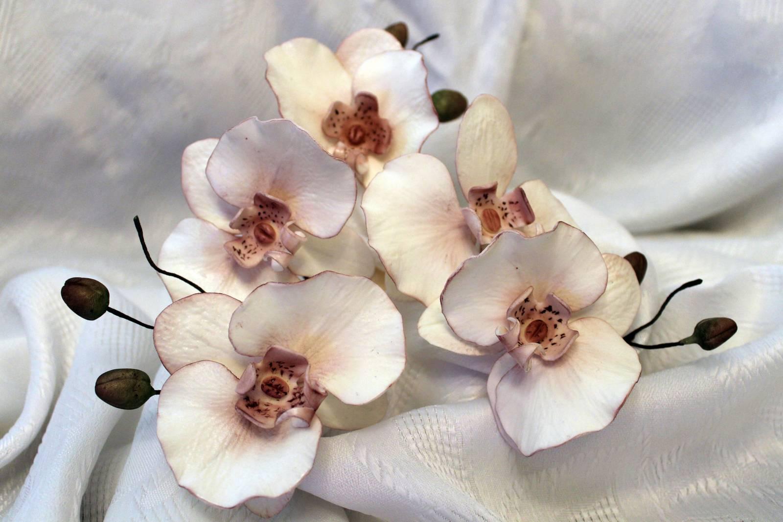Цветок из сахара