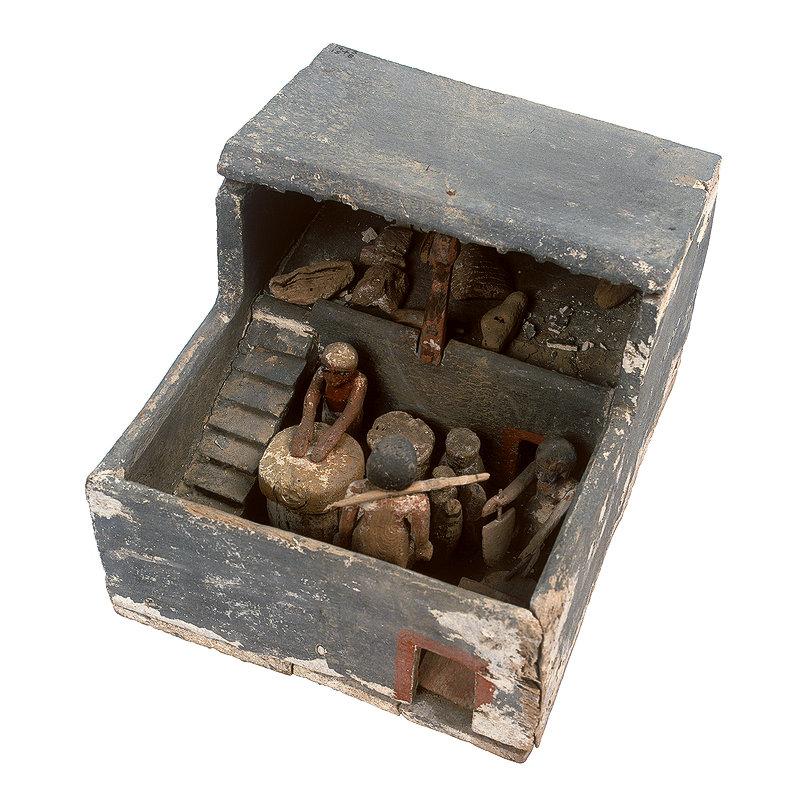 81 Модель пивоварни из гробницы Тута