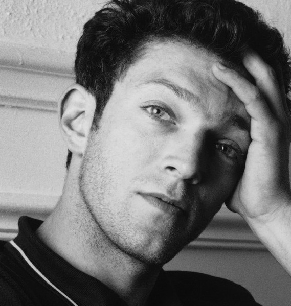 Vincent-Cassel_Wallpaper-