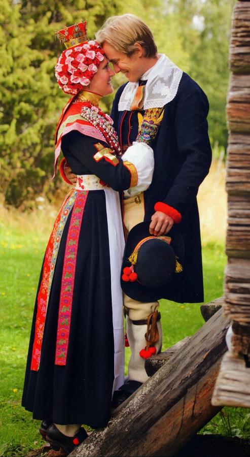 3 швед Sweden, Dalarna, Rattvik Bridal Couple